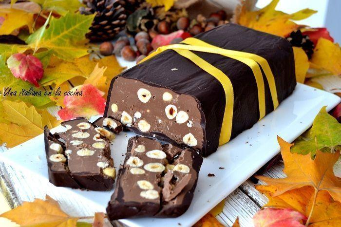 Turrón blando de chocolate con avellanas